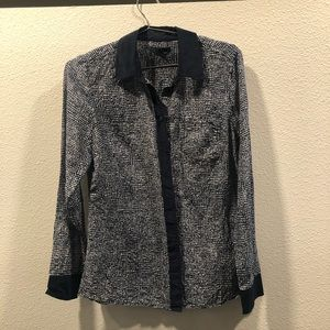Blue patterned gap button down